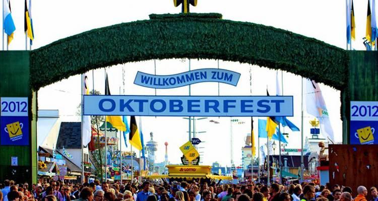 Oktoberfest Middle Week-Dorm - Travel Talk