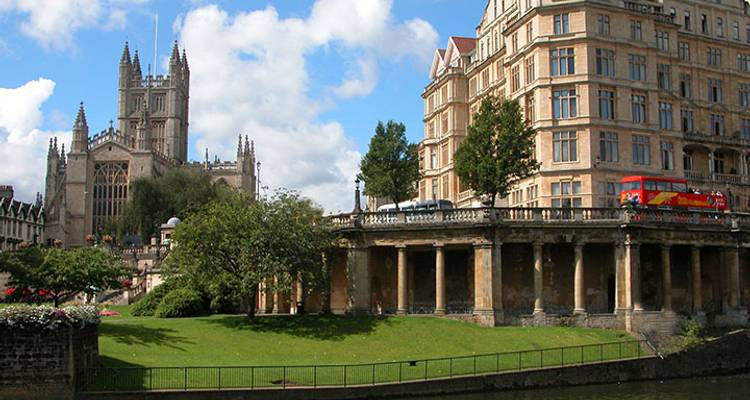 Bath and Stonehenge - From Oxford - UK Study Tours