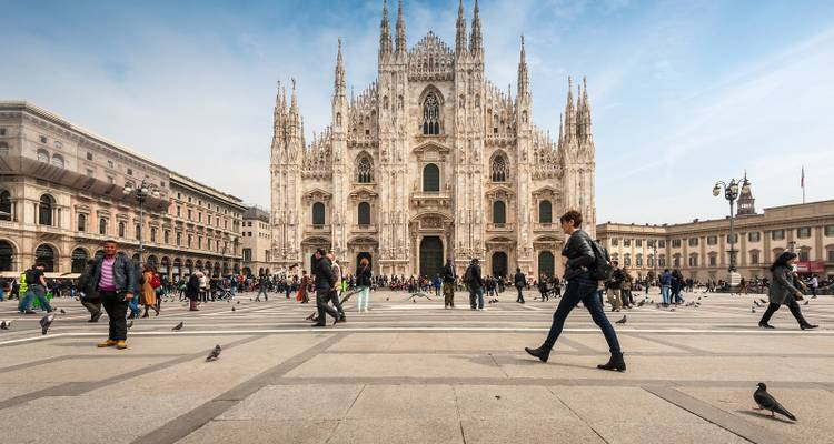 Rome to Milan Adventure Tour - Discovery Nomads