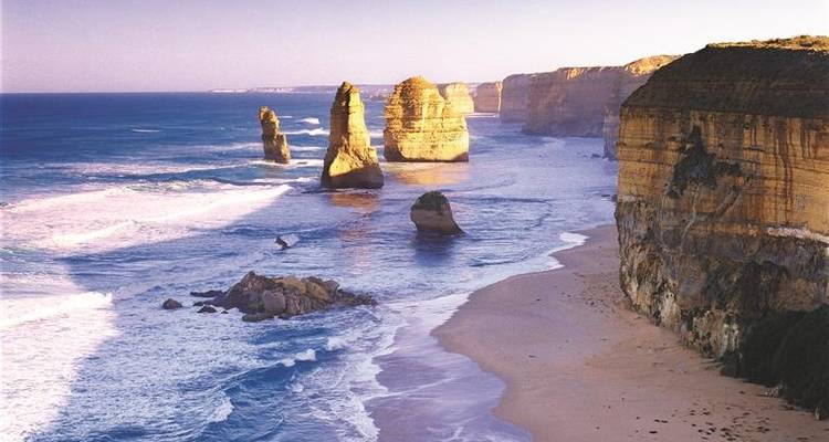 3 Day Great Ocean Road, Phillip Island & Wilsons Promontory Tour - Bunyip Tours