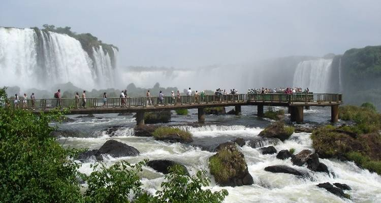 Highlights of Argentina and Uruguay - Iguazu Falls to Buenos Aires - Viva Expeditions