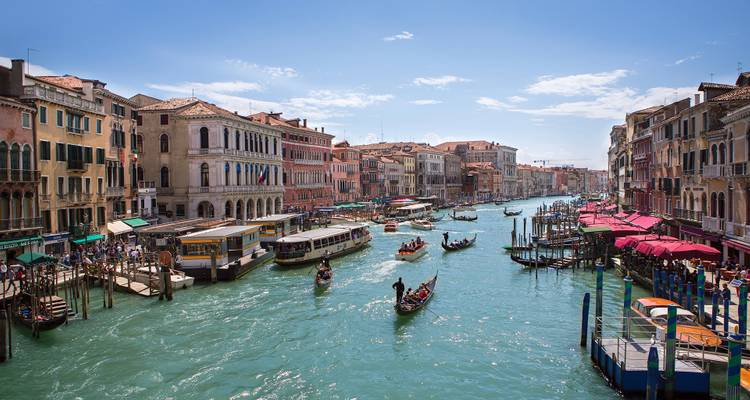 Venice & the Gems of Northern Italy (Venice to Venice, 2018) - Uniworld Boutique River Cruise Collection
