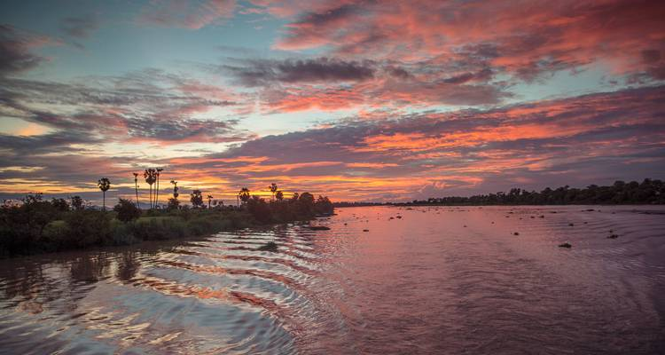 Mekong River Adventure – Phnom Penh to Siem Reap - G Adventures