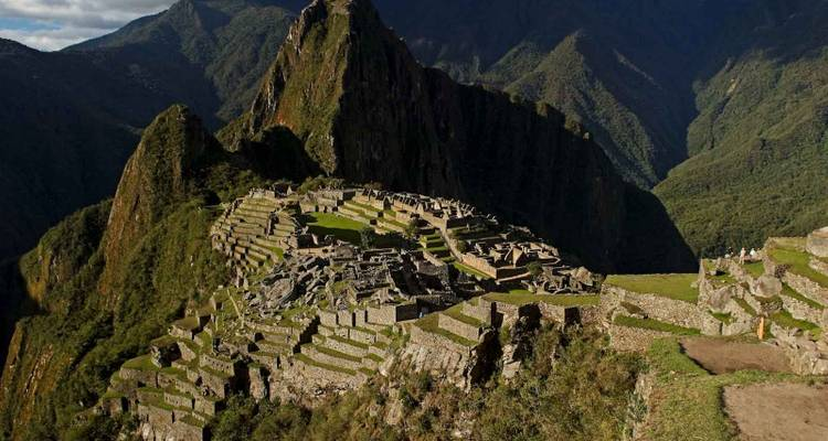 5 Days Tour to Machu Picchu - Traditional - Group Service - Valencia Travel Cusco