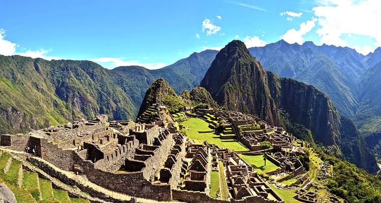 7-Day Inca Trail Trek to Machu Picchu -  Group Service - Valencia Travel Cusco