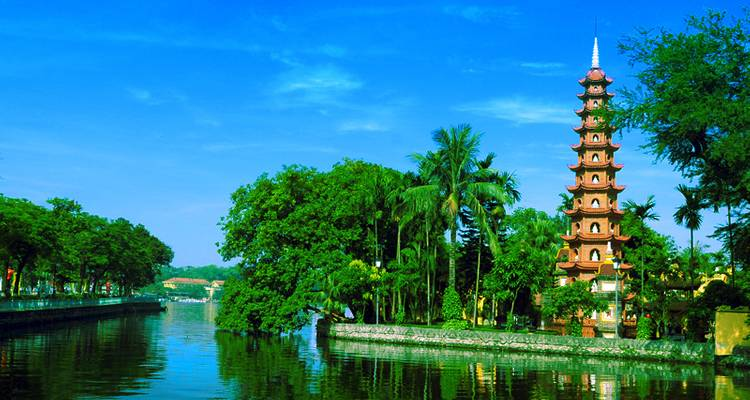 Vietnam History Tour 14Days/13Nights: 4* Hotels - Legend Travel Group