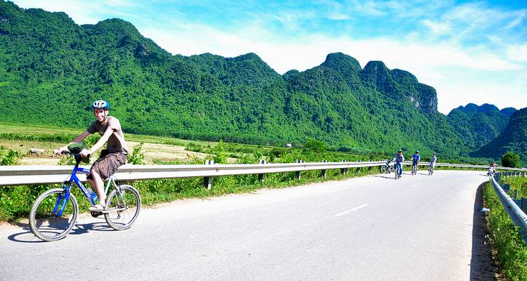 Vietnam Highlight Tour with some biking 21Days/20Nights: 4* Hotels - Legend Travel Group