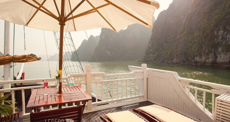 Aphrodite Cruises Halong Bay 3 Days 2 Nights - Legend Travel Group