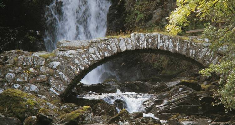 Luxury Walking - Glencoe and the Highlands - Wilderness Scotland