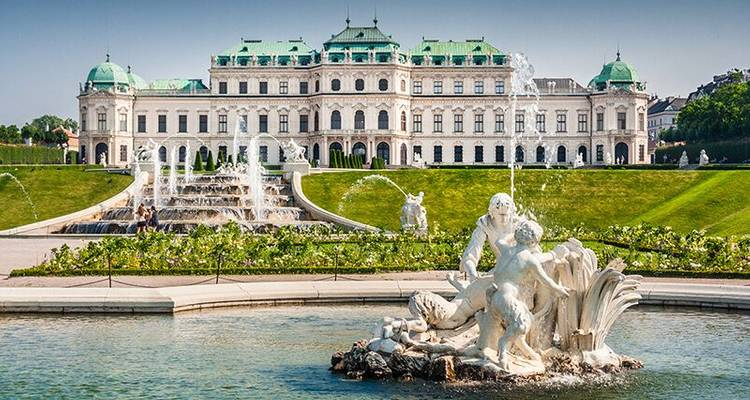 Prague, Vienna and Budapest Tour - Kompas