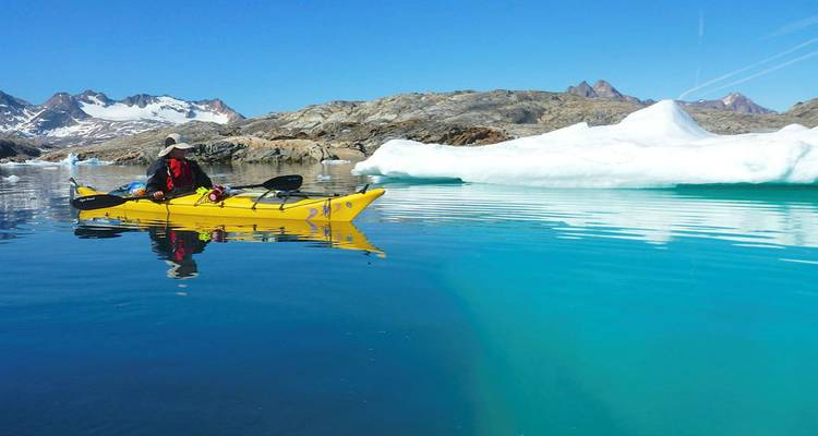 Kayaking among Icebergs and Whales - Icelandic Mountain Guides