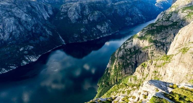 Hiking the Lysefjord - 5-Day Tour - Outdoorlife Norway