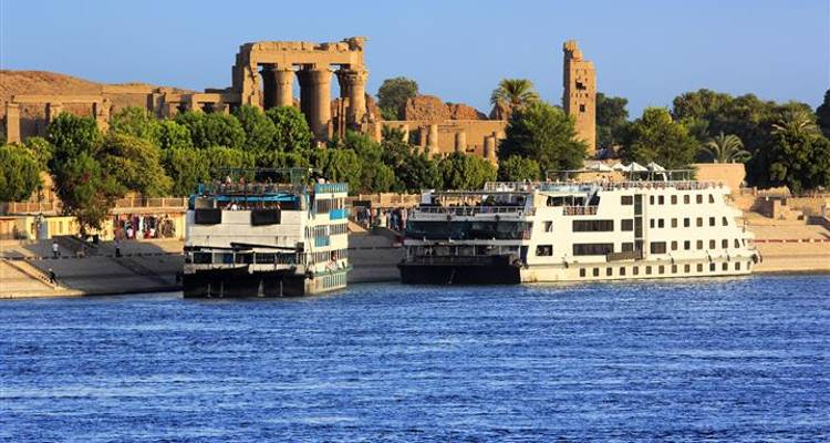 Nile Cruise 4 days 5 stars including internal flights - Booking Tours