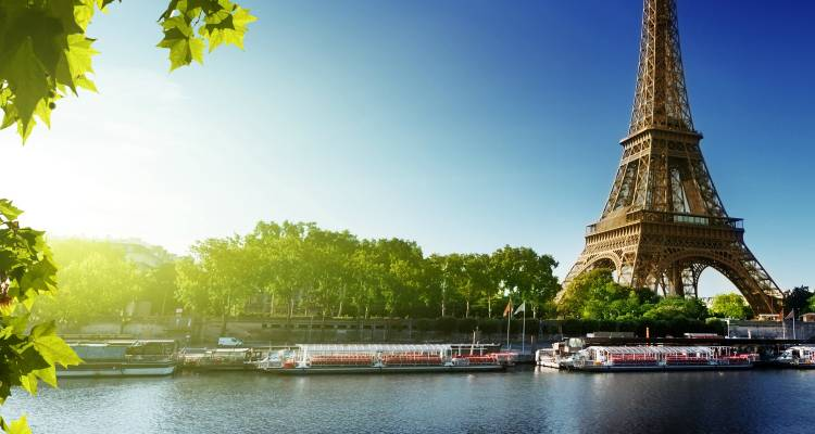 Paris & Christmas Markets of Europe River Cruise - Evergreen Tours