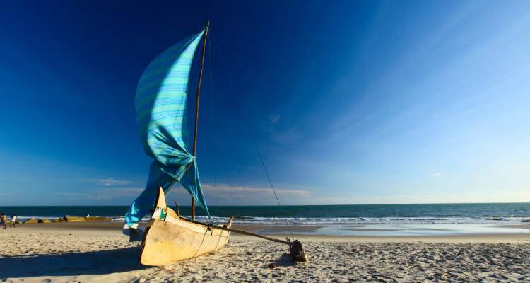 Discover Mozambique - Nomad Africa Adventure Tours