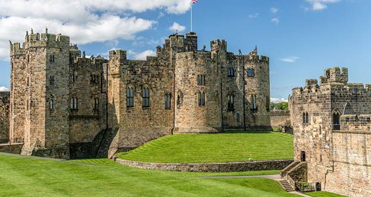 York, the Dales, Lake District & Hadrian's Wall - Rabbie's Tours