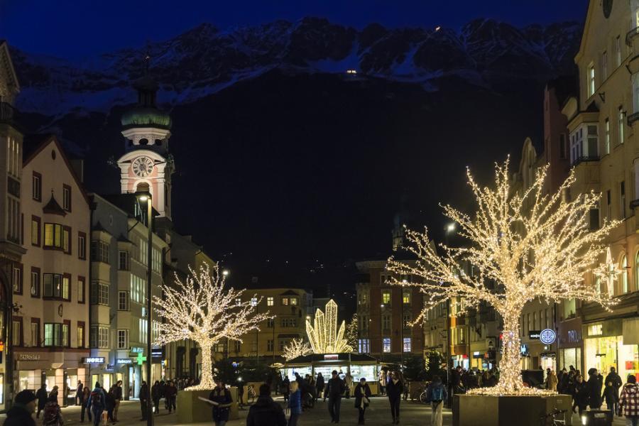 Salzburg Christmas Market.Meet Us There Salzburg Innsbruck Christmas Markets