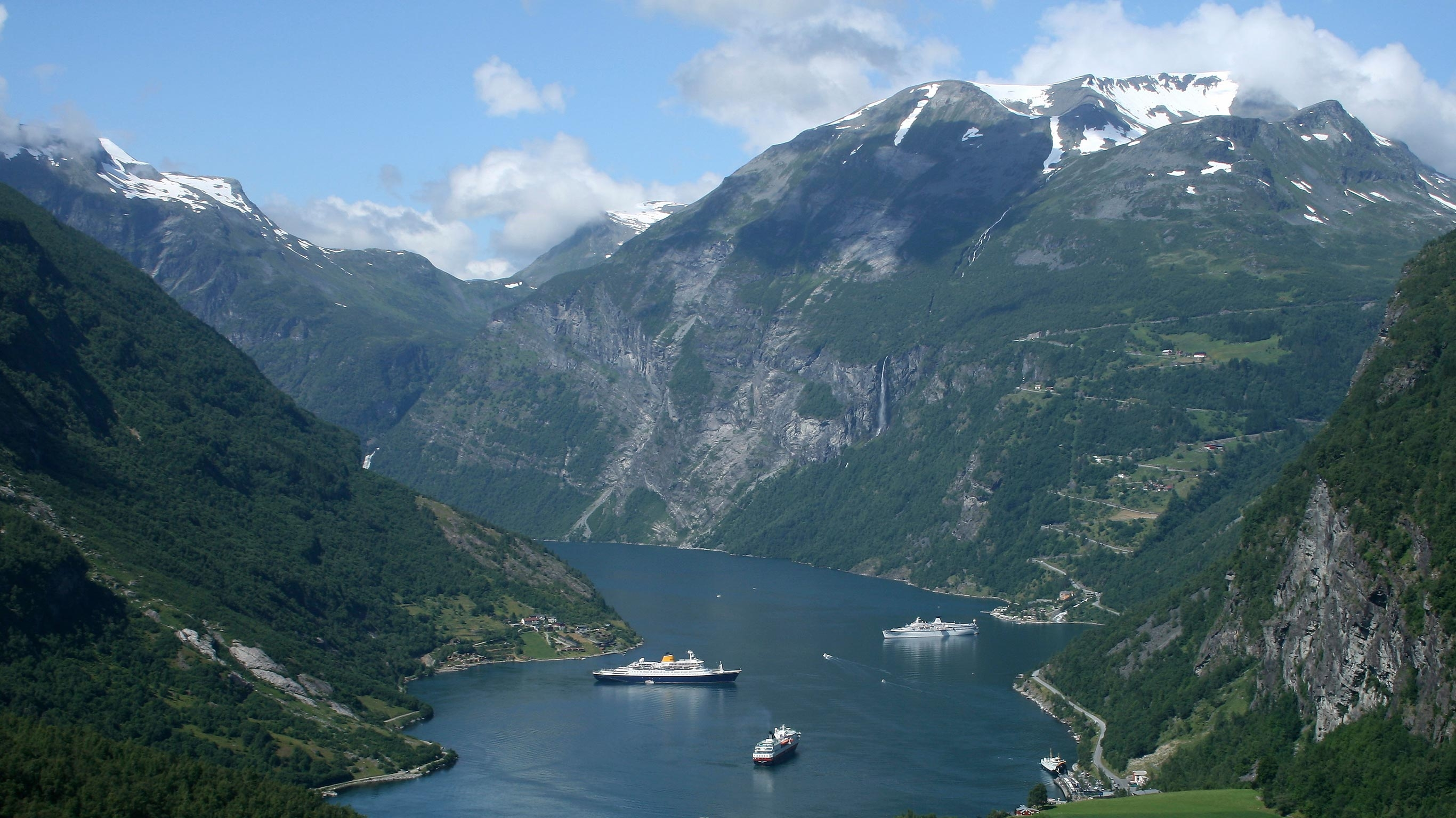 Cruise The Norwegian Fjords Troms 248 To Bergen By G