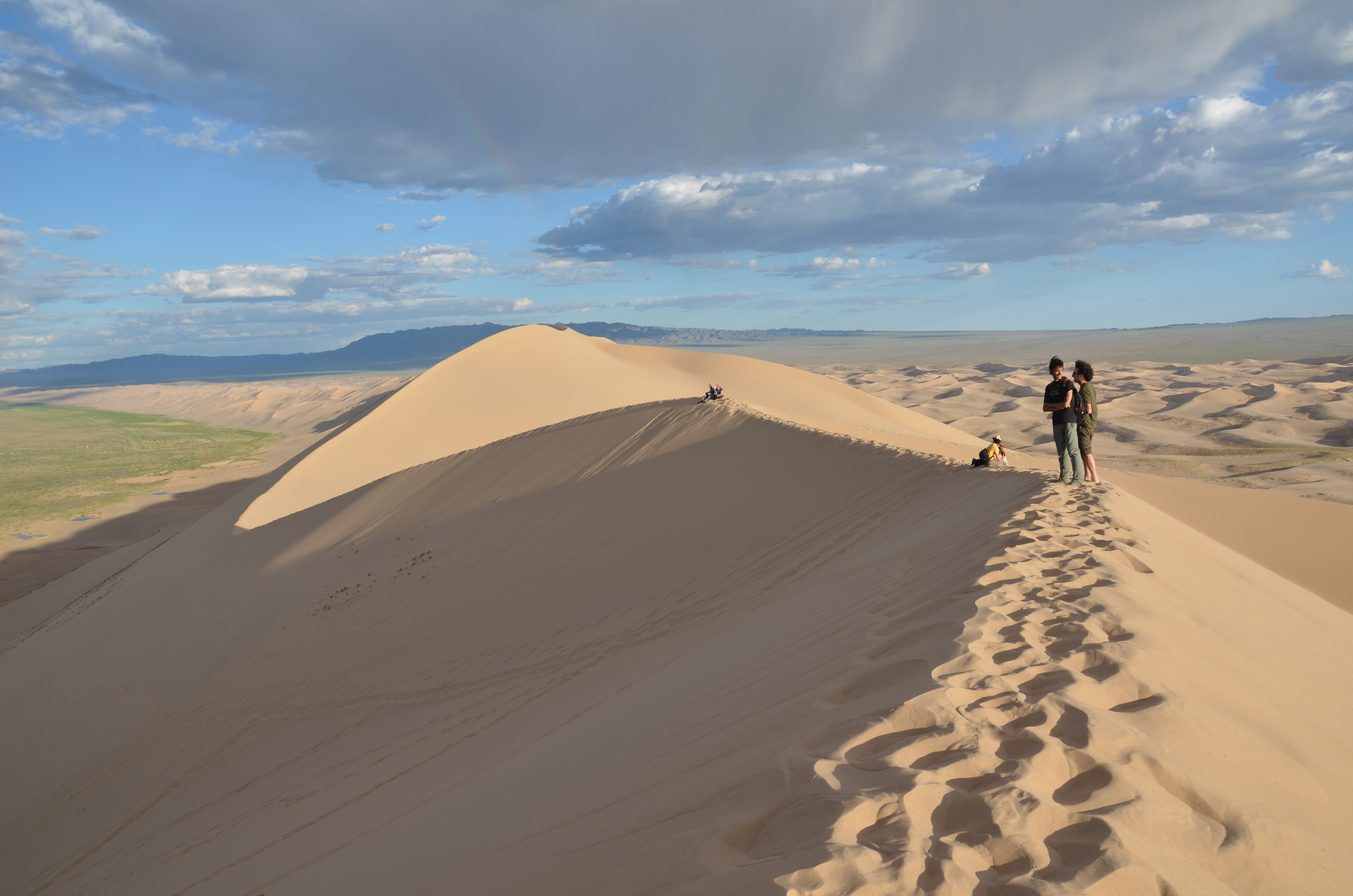 Dunes, Dinosaurs and the Flaming Cliffs: Mt  Biking the Gobi Desert