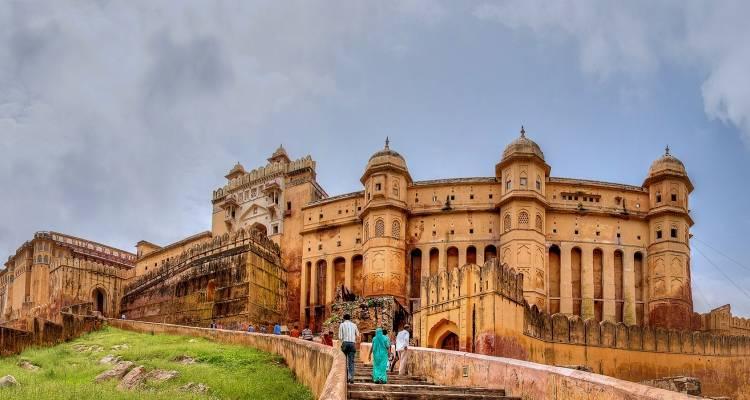 13 Day Golden Triangle Tour With Udaipur Mumbai Goa Swastik India Journeys