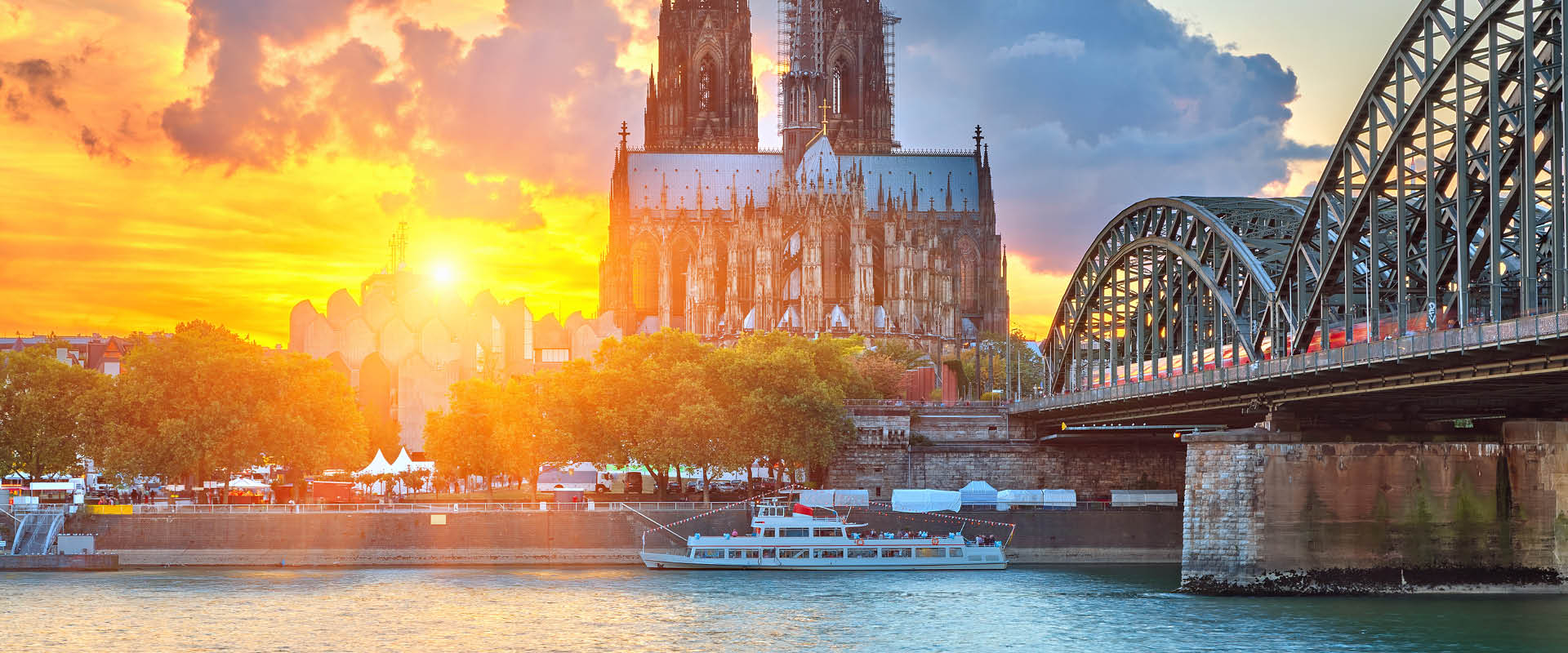Best Travel River Cruise Package For Christmas Markets